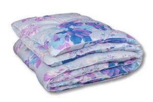 Одеяло из полиэстера