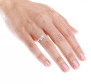 Женские кольца