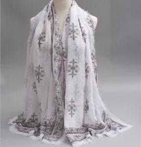 Вискозный шарф