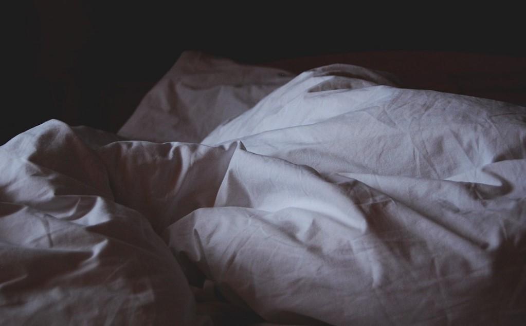 мятое постельное