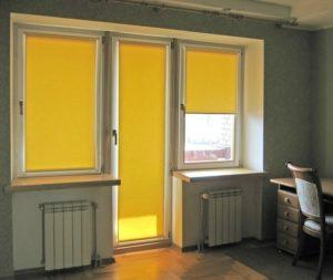Рулонные жалюзи на балконную дверь