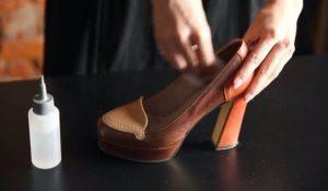 Протирание обуви спиртом