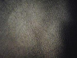 Черный дермантин