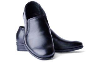 Обувь из кожзама