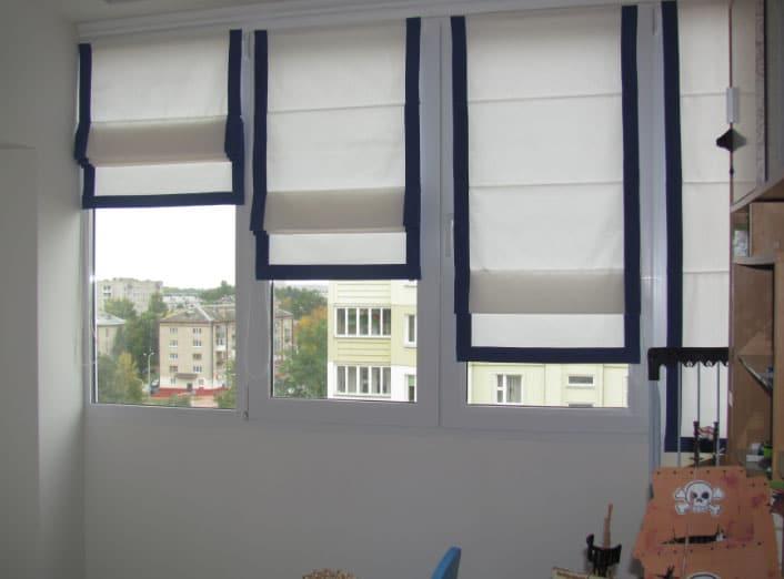 римские-шторы-на пластиковых окнах