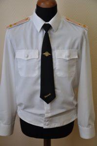 Белая рубашка с погонами