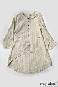 Блузка с укороченным рукавом и передом.