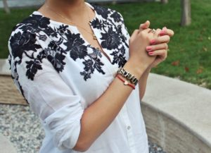 Самодельное украшение для рубашки