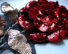 Роза из пайеток пайеток