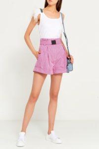 Подбор розовых шорт к разному типу фигуры