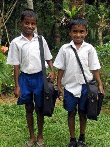 шри-ланка шорты в школе