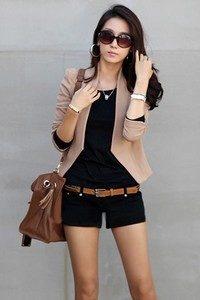 Женский коричневый пиджак под шорты