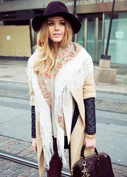 Пальто с платком
