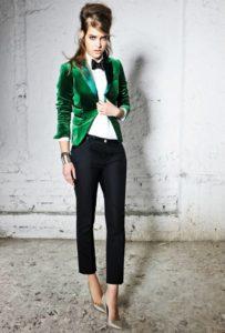Зеленый пиджак и черный низ