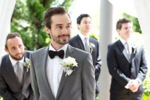 Бутоньерки жениха и приглашенных