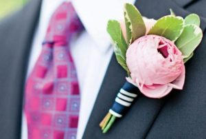 Искусственная бутоньерка-роза