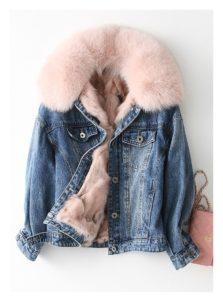 с чем носить джинсовую куртку с мехом