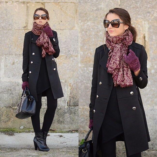 Шарф к черному пальто