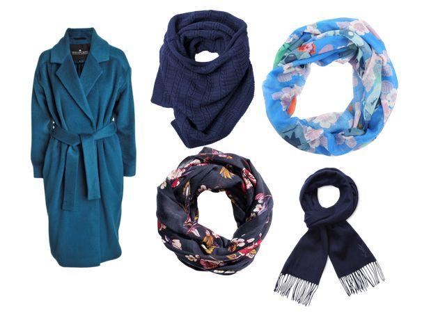 Шарфы к синему пальто