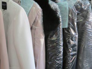 Отпаривание пиджака в химчистке