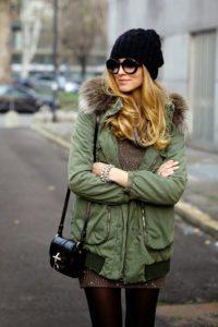 шапка к зелёной куртке