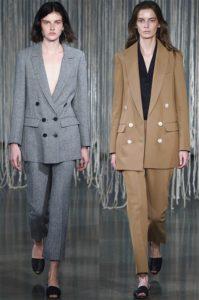 Женский двубортный пиджак: застегнутый, и - нет