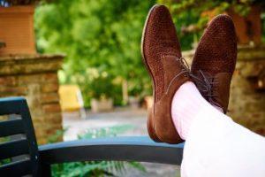 Белые носки под белые брюки