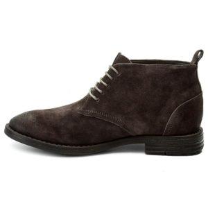 Чакка ботинки