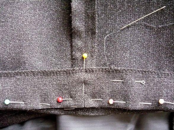 Подшив брюк вручную
