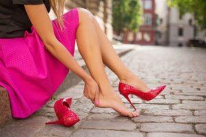 лаковые туфли жмут