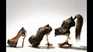 Туфли с мехом и птичьими каблуками