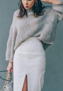 ОБъёмный свитер оверсайз