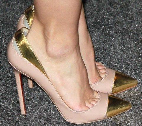 Туфли спадают с пятки