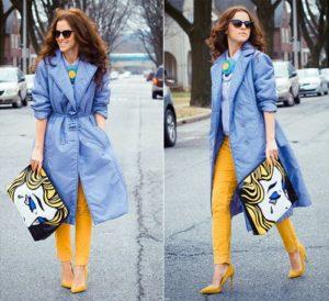 Жёлтые туфли под голубой плащ