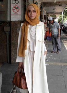 коричневый хиджаб