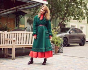 как носить полупальто с длинной юбкой