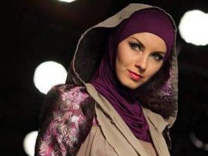 бордовый платок по мусульмански