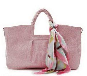 розовая сумка с платком
