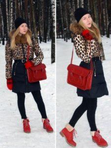 красные ботинки с пальто