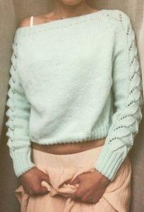 Вязаный свитер с эффектными рукавами