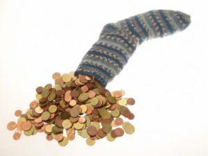 Мелкие деньги нельзя класть в носок