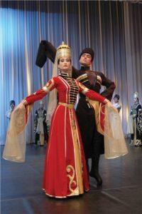 адыгейский национальный костюм