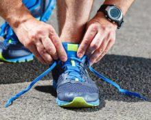 Что делать если скрипят кроссовки при ходьбе?