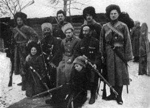 Старое фото воинов в папахах