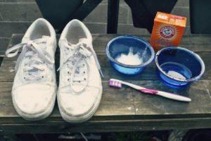 средства для чистки белых кроссовок