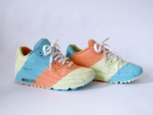 цветные кроссовки