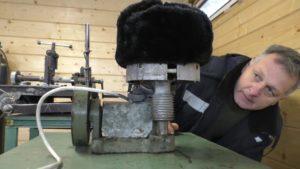 Профессиональная растяжка меховых шапок
