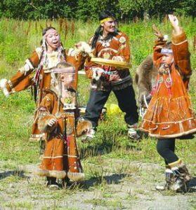 коряки танцуют