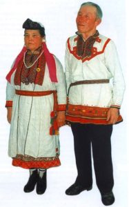 мужчина и женщина марийцы