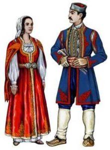 Красно-синие тона старинного осетинского костюма
